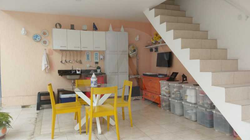 13 Casa Padrão Itaipu. - Imobiliária Agatê Imóveis vende Casa Duplex - Itaipu - Niterói. - HTCA30254 - 14