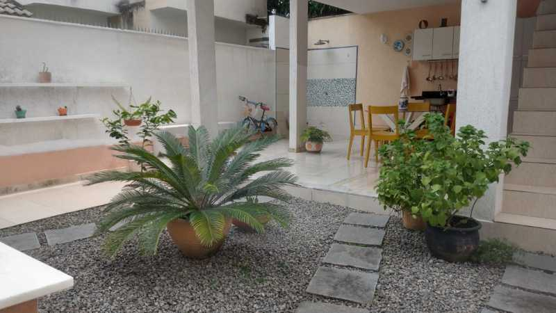 16 Casa Padrão Itaipu. - Imobiliária Agatê Imóveis vende Casa Duplex - Itaipu - Niterói. - HTCA30254 - 17