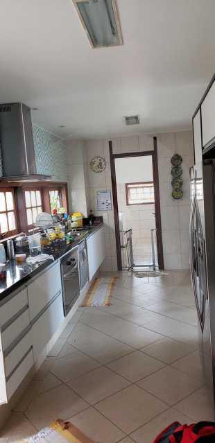 casa lirios do campo 13 - Agate Imóveis vende belissima residencia em condominio de luxo em Camboinhas - Niterói - HTCN50020 - 14