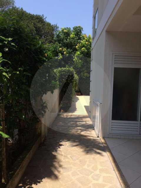 29 Casa Condomínio Piratining - Imobiliária Agatê Imóveis vende Casa Duplex em Condomínio de 440 m² Piratininga - Niterói. - HTCN50021 - 30