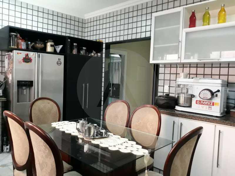 19 Casa Condomínio Itaipu. - Imobiliária Agate Imóveis vende belíssima casa em condomínio em Itaipu - Niterói. - HTCN30111 - 20