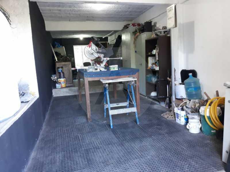 27 Casa Condomínio Itaipu. - Imobiliária Agate Imóveis vende belíssima casa em condomínio em Itaipu - Niterói. - HTCN30111 - 28