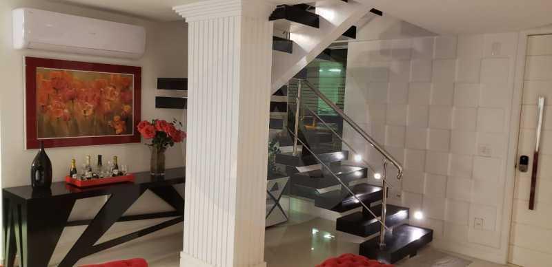 3 Casa Triplex Camboinhas. - Imobiliária Agatê Imóveis vende Magnífica Casa Triplex de 425 m² Camboinhas - Niterói. - HTCA40129 - 4
