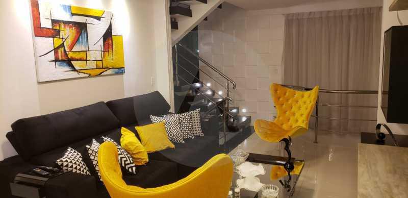 12 Casa Triplex Camboinhas. - Imobiliária Agatê Imóveis vende Magnífica Casa Triplex de 425 m² Camboinhas - Niterói. - HTCA40129 - 13