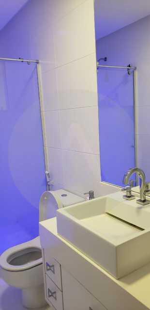 16 Casa Triplex Camboinhas. - Imobiliária Agatê Imóveis vende Magnífica Casa Triplex de 425 m² Camboinhas - Niterói. - HTCA40129 - 17