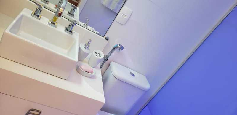 18 Casa Triplex Camboinhas. - Imobiliária Agatê Imóveis vende Magnífica Casa Triplex de 425 m² Camboinhas - Niterói. - HTCA40129 - 19