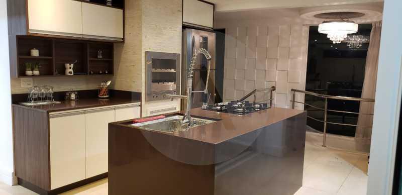 22 Casa Triplex Camboinhas. - Imobiliária Agatê Imóveis vende Magnífica Casa Triplex de 425 m² Camboinhas - Niterói. - HTCA40129 - 23