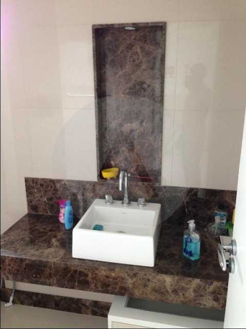 15 Casa Alto Padrão Camboinha - Agate imóveis vende casa alto padrão em Camboinhas - Niterói. - HTCA30264 - 16