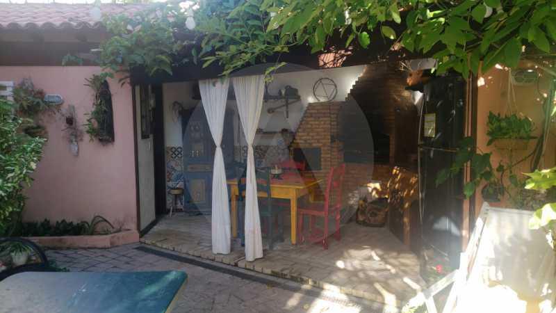 mancoes camboinhas 06 - Agate Imóveis vende linda casa em Camboinhas Niterói - HTCN30116 - 8