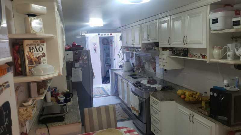 mancoes camboinhas 15 - Agate Imóveis vende linda casa em Camboinhas Niterói - HTCN30116 - 16