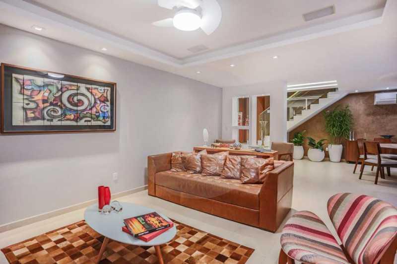 3 Casa Condomínio Camboinhas. - Imobiliária Agatê Imóveis vende Espetacular Casa em Condomínio - Camboinhas - Niterói. - HTCN40088 - 4