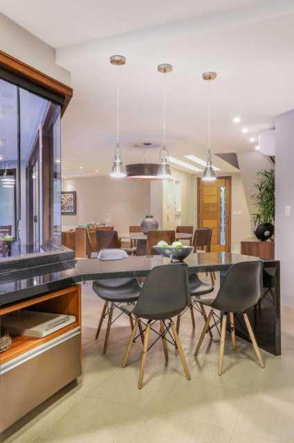 8 Casa Condomínio Camboinhas. - Imobiliária Agatê Imóveis vende Espetacular Casa em Condomínio - Camboinhas - Niterói. - HTCN40088 - 9