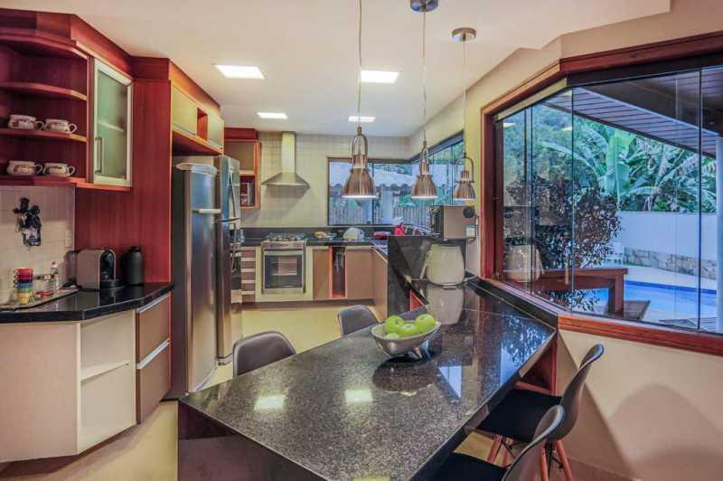 9 Casa Condomínio Camboinhas. - Imobiliária Agatê Imóveis vende Espetacular Casa em Condomínio - Camboinhas - Niterói. - HTCN40088 - 10