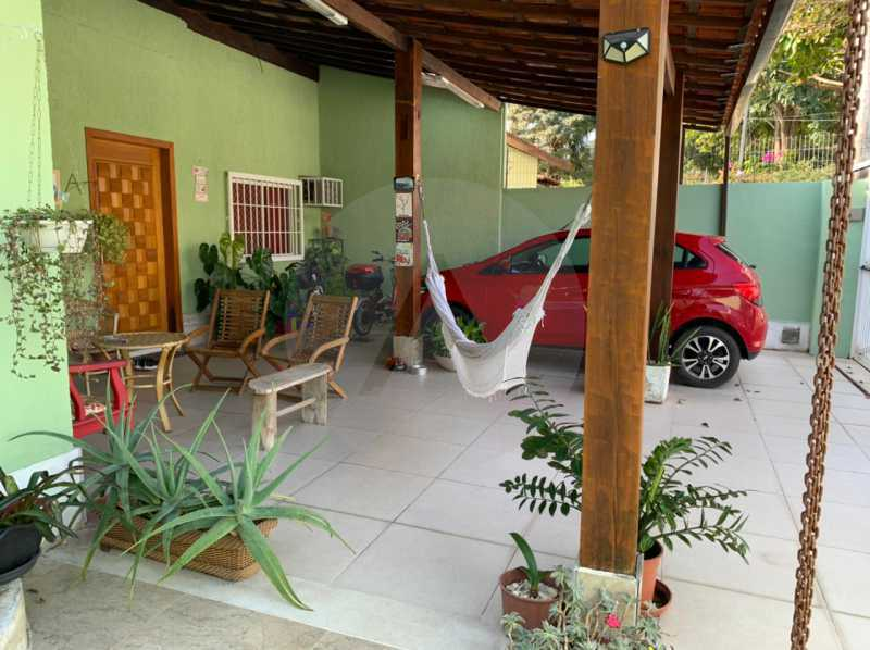 casa barravento 8 - Imobiliária Agatê Imóveis vende Casa padrão de 245m² Piratininga - Niterói - HTCA30276 - 1