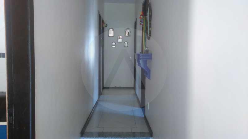 12 - Corredor - Imobiliária Agatê Imóveis vende Casa de 289 m² Itaipu - Niterói por 480 mil reais - HTCA30035 - 13