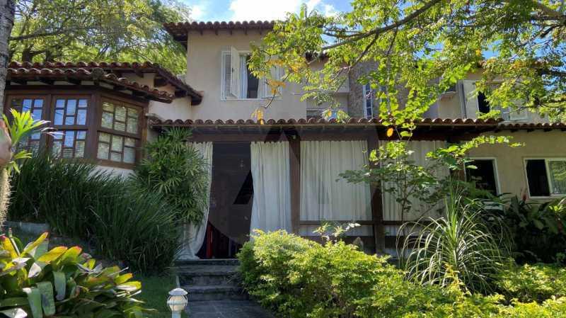 3 Casa Condomínio Itaipu. - Agatê Imóveis vende belíssima casa em condomínio de alto padrão em Itaipu - Niterói. - HTCN30118 - 4