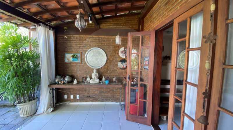 6 Casa Condomínio Itaipu. - Agatê Imóveis vende belíssima casa em condomínio de alto padrão em Itaipu - Niterói. - HTCN30118 - 7