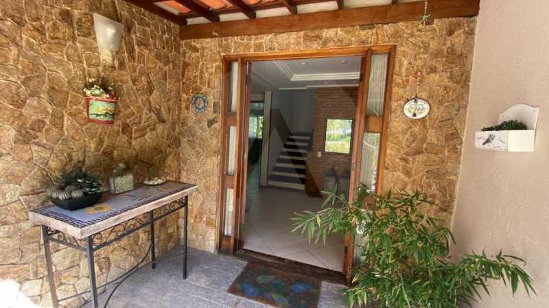 7 Casa Condomínio Itaipu. - Agatê Imóveis vende belíssima casa em condomínio de alto padrão em Itaipu - Niterói. - HTCN30118 - 8