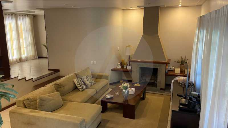 10 Casa Condomínio Itaipu. - Agatê Imóveis vende belíssima casa em condomínio de alto padrão em Itaipu - Niterói. - HTCN30118 - 11