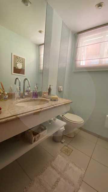 12 Casa Condomínio Itaipu. - Agatê Imóveis vende belíssima casa em condomínio de alto padrão em Itaipu - Niterói. - HTCN30118 - 13