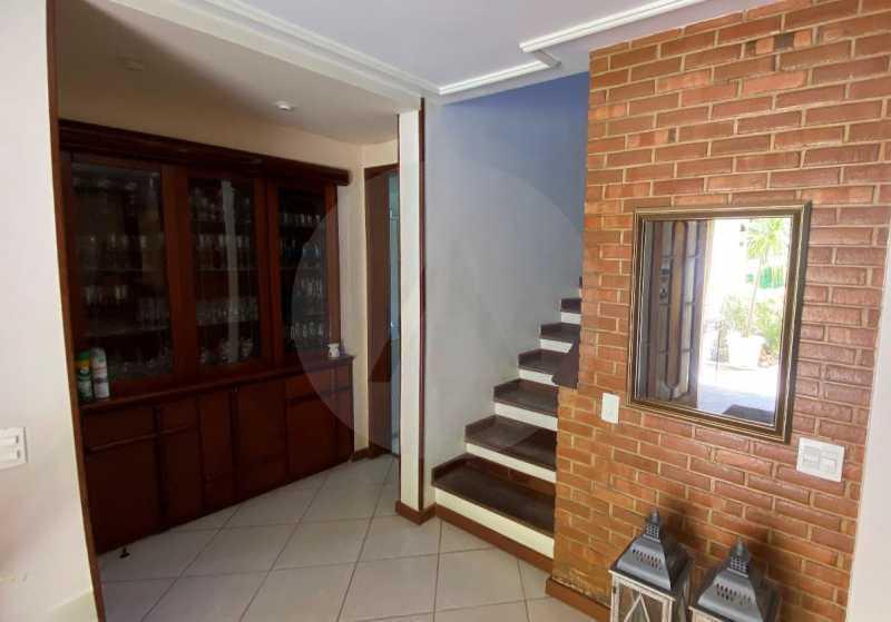16 Casa Condomínio Itaipu. - Agatê Imóveis vende belíssima casa em condomínio de alto padrão em Itaipu - Niterói. - HTCN30118 - 17