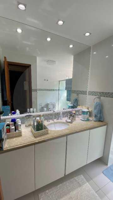 19 Casa Condomínio Itaipu. - Agatê Imóveis vende belíssima casa em condomínio de alto padrão em Itaipu - Niterói. - HTCN30118 - 20