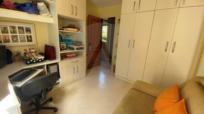 21 Casa Condomínio Itaipu. - Agatê Imóveis vende belíssima casa em condomínio de alto padrão em Itaipu - Niterói. - HTCN30118 - 22