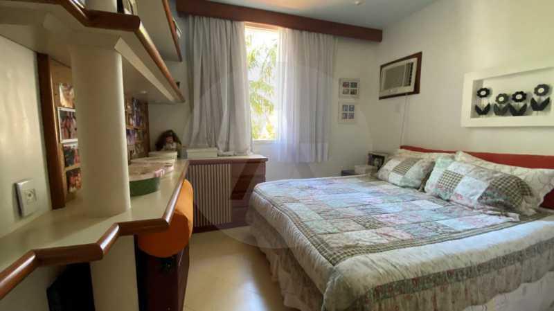 23 Casa Condomínio Itaipu 33. - Agatê Imóveis vende belíssima casa em condomínio de alto padrão em Itaipu - Niterói. - HTCN30118 - 24