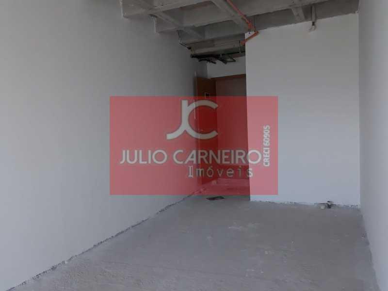 3 - WhatsApp Image 2018-05-15  - Sala Comercial À Venda no Condomínio Absolutto Business Towers - Rio de Janeiro - RJ - Recreio dos Bandeirantes - JCSL00020 - 9