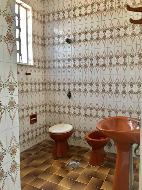 1891ee98-cae6-4b10-9547-2adc92 - EXCELENTE CASA CONDOMÍNIO EXTRAORDINÁRIO, MUITO SILENCIOSO COM 2 QUARTOS GRANDES, DEPENDÊNCIAS COMPLETAS, ÁREA DE SERVIÇO, COZINHA AMPLA, SALA 2 AMBIENTES FANTÁSTICA COM JANELÃO, PISCINA, VARANDA -> EXCELENTE OPORTUNIDADE <- PREÇO SEM IGUAL - MCASV3011 - 18