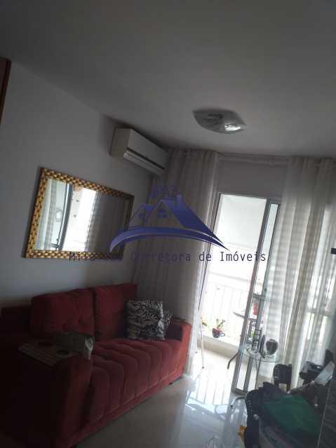 SALA COM SOFÁ - Apartamento À Venda - Rio de Janeiro - RJ - Del Castilho - MSAP20038 - 4