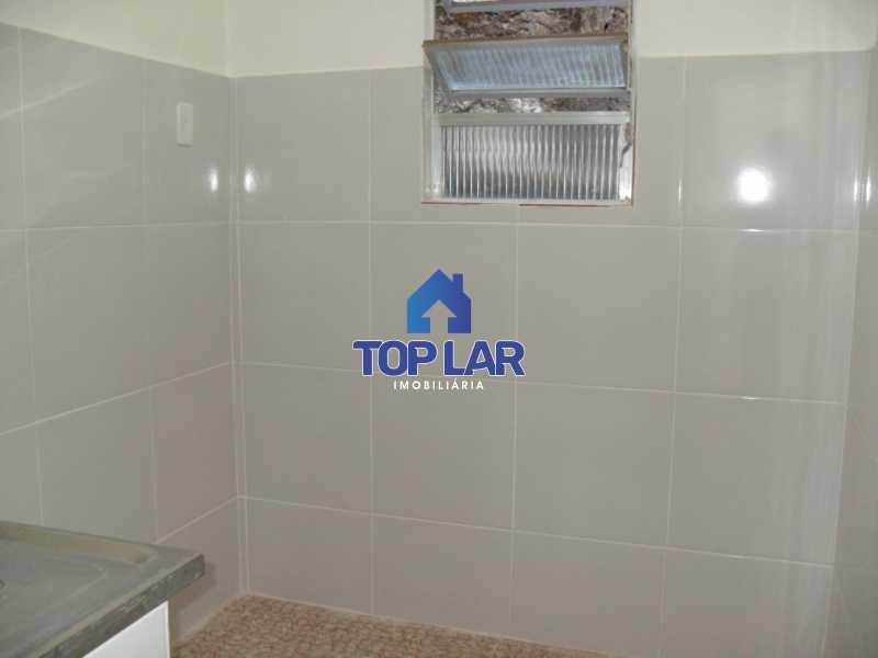 11 - Casa de Vila, residencial, VAZIA, sala, quarto, cozinha, banheiro, quintal com área. (Próx.Praça 2) - HACV10001 - 12