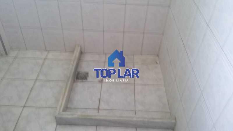 IMG-20181203-WA0120 - Apto fundos, 3 lances escada, sala, 02 qtos, cozinha jto com área, banh.soc. ( Próx. Estação BRT - Pça Carmo ) - HAAP20067 - 23