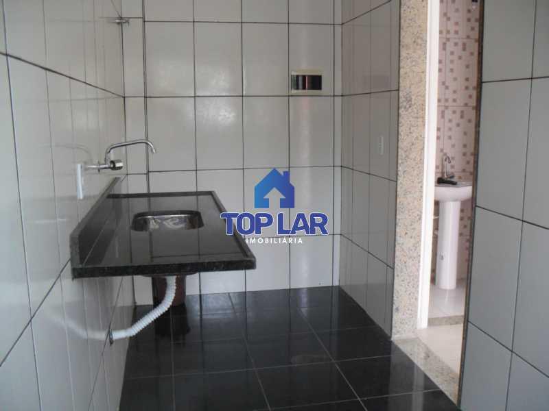 10 - Casa geminada duplex (sl, lavabo, coz., área, gar - baixo) e (2qtos com vrdas, bh.soc.- cima) VAZIA. (Próx.Metrô Irajá) - HACA20006 - 11