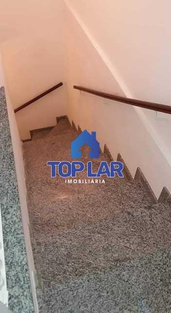 2. - Apartamento tipo CASA de fundos, com 01 lance de escada. Sala 2 qrts, banh social c blindex, coz. e área de serviço e terraço coberto. - HAAP20105 - 9