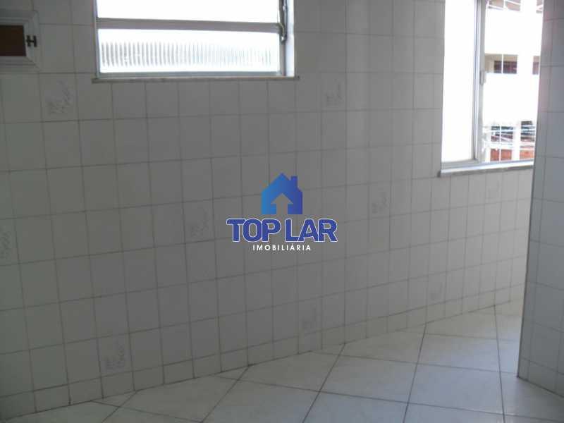22 - Amplo apto vazio, frente, sala, 2qtos, 2bahs, coz, area, qto empr., gar. (Diagonal a Pça Dalva de Oliveira). - HAAP20106 - 23