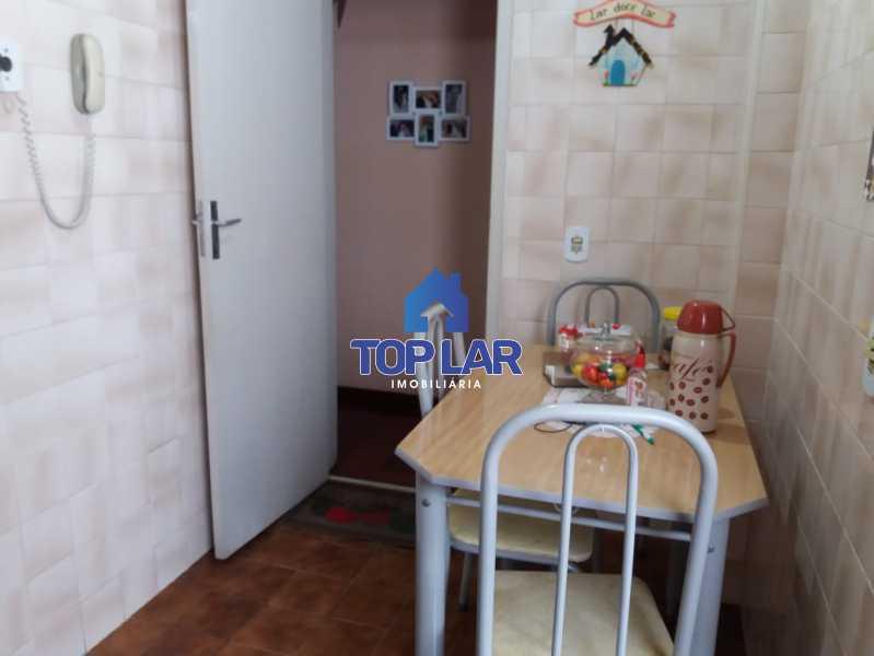 28. - Amplo apartamento na Vila da Penha, 3 dormitórios, varanda com dependência e 2 vagas na escritura. - HAAP30031 - 27