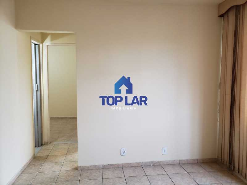 04. - Cond. com boa área d lazer. Apto sl, 2qtos, bh, coz. jto área, 2 lances escada.(Fte Rede Economia) - HAAP20145 - 5