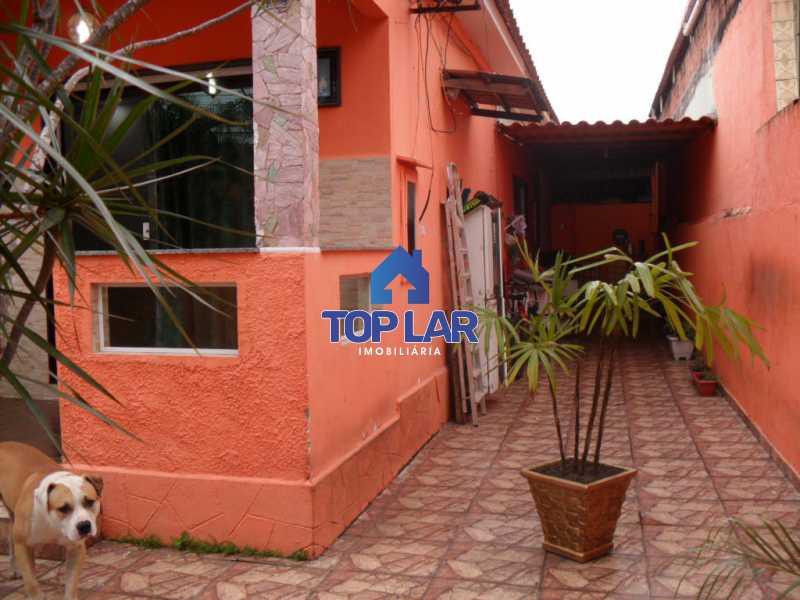 02 - Casa linear (532m²), fte rua, vrda, 2slas, 3qtos-1ste, área gourmet, quintalzão com piscina e 10 garagens. - HACA30006 - 3