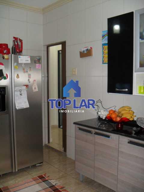 20 - Casa linear (532m²), fte rua, vrda, 2slas, 3qtos-1ste, área gourmet, quintalzão com piscina e 10 garagens. - HACA30006 - 21