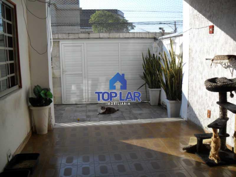 03 - Linda casa duplex com terração cob. e churrasq., 01 qto, 02 slas, copa-cozinha planej., dep.empr., 02 gar. - HACA10001 - 4