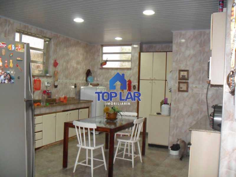 12 - Linda casa duplex com terração cob. e churrasq., 01 qto, 02 slas, copa-cozinha planej., dep.empr., 02 gar. - HACA10001 - 13