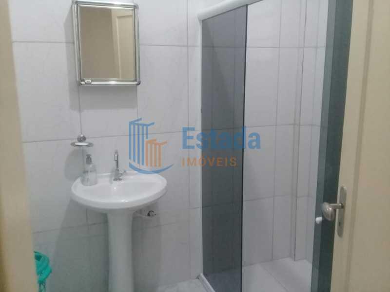 8a7d4b33-c7e3-42b3-aeec-01eb48 - Estada Imóveis vende: Belíssimo apto esquina da Praia do Flamengo com 4 dormitórios. - ESAP40015 - 15