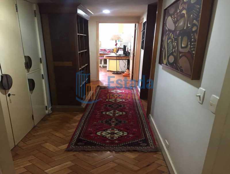 12 - Corredsocial com armário - Apartamento À Venda - Copacabana - Rio de Janeiro - RJ - ESAP30198 - 7