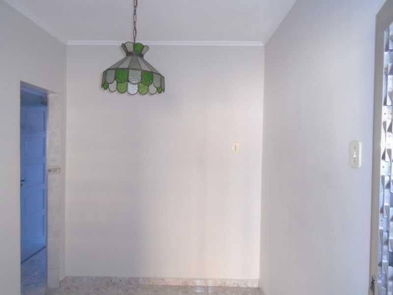 Sala - Camarão - Rua Gonçalo Gouveia, 08 casa 02 - R$ 600,00 - CECA10035 - 4