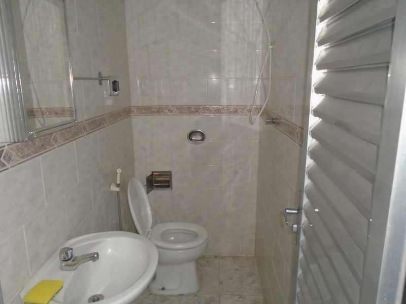 Banheiro - Camarão - Rua Gonçalo Gouveia, 08 casa 02 - R$ 600,00 - CECA10035 - 10