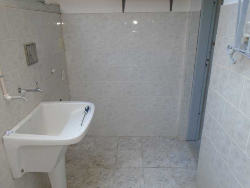 Área de serviço - Camarão - Rua Gonçalo Gouveia, 08 casa 02 - R$ 600,00 - CECA10035 - 11