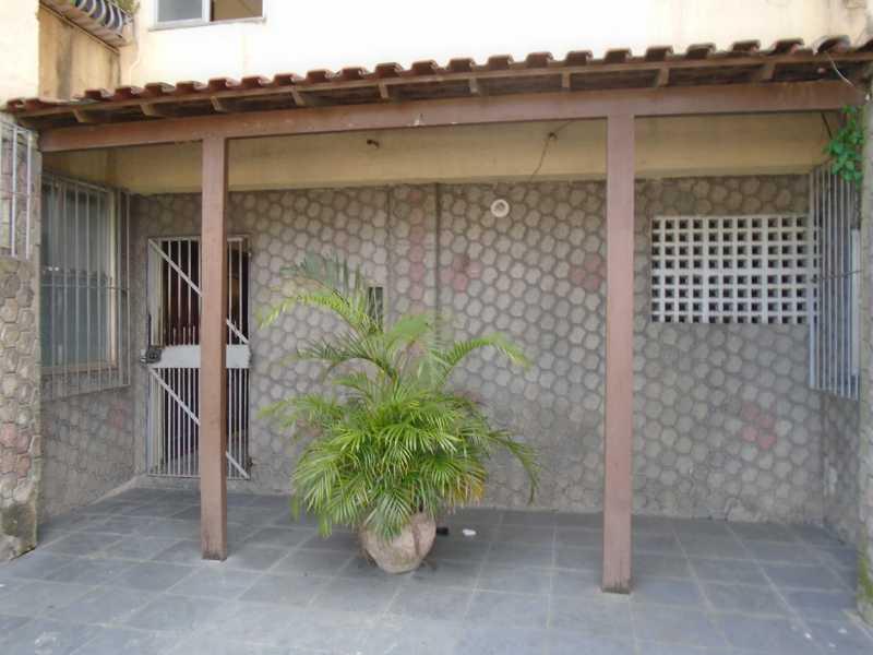 Área do cond. - Mutondo - Rua Prof. Adélia Martins, 189 apt 204 - R 700,00 - CEAP20042 - 16