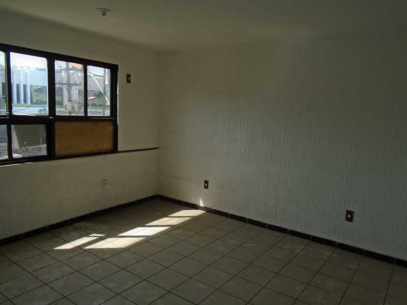 Sala - Estrela do Norte - Rua Nilo Peçanha, 495 sala 101 - R 600,00 - CESL00013 - 4
