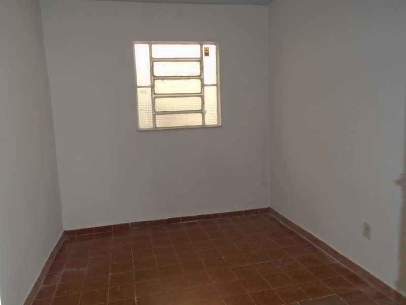 Quarto II - Trindade - Rua Justo Brito Sanches, n 37 - R 930,00 - CECA20042 - 13